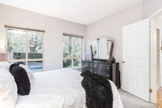 "Photo 12: 106 150 W 22ND Street in North Vancouver: Central Lonsdale Condo for sale in ""The Sierra"" : MLS®# R2418794"