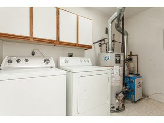 """Photo 20: 229 14861 98 Avenue in Surrey: Guildford Townhouse for sale in """"The Mansions"""" (North Surrey)  : MLS®# R2420716"""