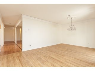 """Photo 5: 229 14861 98 Avenue in Surrey: Guildford Townhouse for sale in """"The Mansions"""" (North Surrey)  : MLS®# R2420716"""
