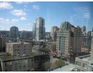 """Photo 3: 1204 1255 SEYMOUR Street in Vancouver: Downtown VW Condo for sale in """"ELAN"""" (Vancouver West)  : MLS®# V781955"""