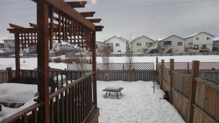 Photo 20: 5207 164 Avenue in Edmonton: Zone 03 House Half Duplex for sale : MLS®# E4187501