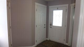 Photo 9: 5207 164 Avenue in Edmonton: Zone 03 House Half Duplex for sale : MLS®# E4187501