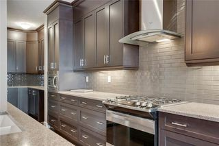 Photo 13: 206 20 Avenue NW in Calgary: Tuxedo Park Semi Detached for sale : MLS®# C4289673