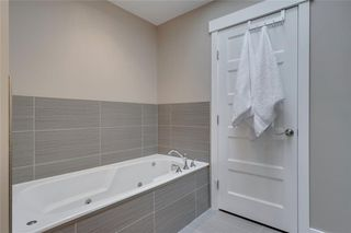 Photo 31: 206 20 Avenue NW in Calgary: Tuxedo Park Semi Detached for sale : MLS®# C4289673