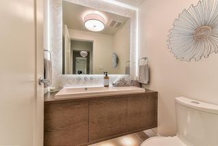 """Photo 9: 706 1501 VIDAL Street: White Rock Condo for sale in """"Beverley"""" (South Surrey White Rock)  : MLS®# R2447891"""