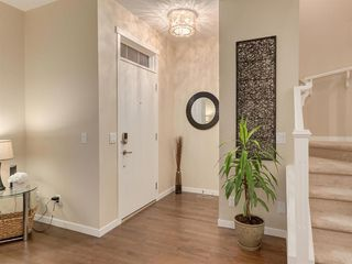 Photo 2: 142 MARQUIS Common SE in Calgary: Mahogany Detached for sale : MLS®# C4302739