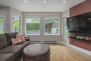 Photo 2: 5 2015 W 3RD Avenue in Vancouver: Kitsilano Condo for sale (Vancouver West)  : MLS®# R2472988
