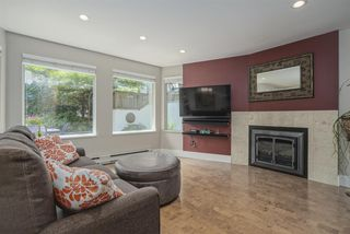 Photo 1: 5 2015 W 3RD Avenue in Vancouver: Kitsilano Condo for sale (Vancouver West)  : MLS®# R2472988