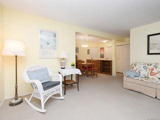 Photo 4: 316 1433 Faircliff Lane in Victoria: Vi Fairfield West Condo Apartment for sale : MLS®# 839316