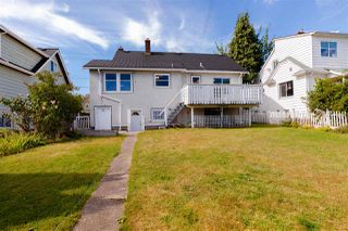 "Photo 2: 1518 DUBLIN Street in New Westminster: West End NW House for sale in ""West End"" : MLS®# R2490679"