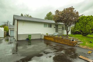 Photo 1: 9335 JACKSON Street in Chilliwack: Chilliwack N Yale-Well House for sale : MLS®# R2501495