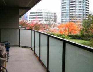 "Photo 4: 206 4363 HALIFAX Street in Burnaby: Brentwood Park Condo for sale in ""BRENT GARDENS"" (Burnaby North)"
