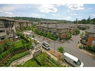 "Photo 3: 413 400 KLAHANIE Drive in Port Moody: Port Moody Centre Condo for sale in ""TIDES AT KLAHANIE"" : MLS®# V842063"