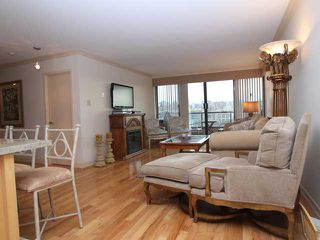 "Photo 5: 607 1490 PENNYFARTHING Drive in Vancouver: False Creek Condo for sale in ""HARBOUR COVE"" (Vancouver West)  : MLS®# V860789"