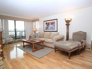 "Photo 6: 607 1490 PENNYFARTHING Drive in Vancouver: False Creek Condo for sale in ""HARBOUR COVE"" (Vancouver West)  : MLS®# V860789"