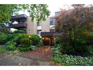 """Photo 1: 109/ 1710 W 13TH Avenue in Vancouver: Fairview VW Condo for sale in """"PINE RIDGE"""" (Vancouver West)  : MLS®# V865435"""