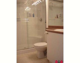 """Photo 3: 304 20896 57TH Avenue in Langley: Langley City Condo for sale in """"BAYBERRY LANE II"""" : MLS®# F2824978"""