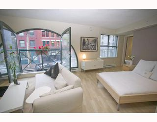 "Photo 6: 207 55 ALEXANDER Street in Vancouver: Downtown VE Condo for sale in ""GASTOWN"" (Vancouver East)  : MLS®# V745072"