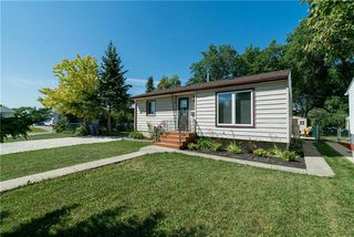 Photo 2: 25 ALDERWOOD Road in Winnipeg: Windsor Park Residential for sale (2G)  : MLS®# 1923232