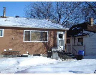 Photo 2: 280 INGLEWOOD Street in WINNIPEG: St James Residential for sale (West Winnipeg)  : MLS®# 2803532