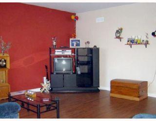 Photo 5: 280 INGLEWOOD Street in WINNIPEG: St James Residential for sale (West Winnipeg)  : MLS®# 2803532