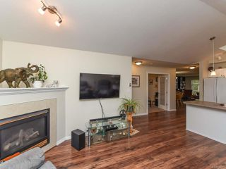 Photo 13: 110 2077 St Andrews Way in COURTENAY: CV Courtenay East Row/Townhouse for sale (Comox Valley)  : MLS®# 825107