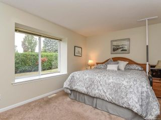 Photo 7: 110 2077 St Andrews Way in COURTENAY: CV Courtenay East Row/Townhouse for sale (Comox Valley)  : MLS®# 825107