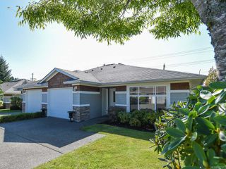 Photo 1: 110 2077 St Andrews Way in COURTENAY: CV Courtenay East Row/Townhouse for sale (Comox Valley)  : MLS®# 825107