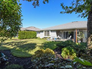 Photo 29: 110 2077 St Andrews Way in COURTENAY: CV Courtenay East Row/Townhouse for sale (Comox Valley)  : MLS®# 825107