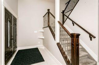 Photo 2: 2549 BELL Court in Edmonton: Zone 55 House for sale : MLS®# E4179669