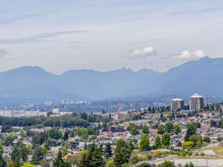 Photo 17: 2907 4189 Halifax St in Burnaby: Brentwood Park Condo for sale (Burnaby North)  : MLS®# R2402070