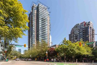 "Photo 13: 3006 1068 HORNBY Street in Vancouver: Downtown VW Condo for sale in ""THE CANADIAN AT WALL CENTRE"" (Vancouver West)  : MLS®# R2427122"