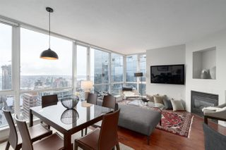 "Photo 2: 3006 1068 HORNBY Street in Vancouver: Downtown VW Condo for sale in ""THE CANADIAN AT WALL CENTRE"" (Vancouver West)  : MLS®# R2427122"