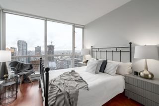 "Photo 6: 3006 1068 HORNBY Street in Vancouver: Downtown VW Condo for sale in ""THE CANADIAN AT WALL CENTRE"" (Vancouver West)  : MLS®# R2427122"