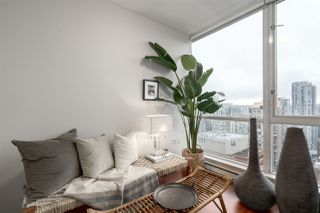 "Photo 9: 3006 1068 HORNBY Street in Vancouver: Downtown VW Condo for sale in ""THE CANADIAN AT WALL CENTRE"" (Vancouver West)  : MLS®# R2427122"