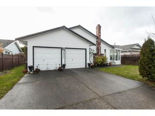 Photo 19: 14079 16 Avenue in Surrey: Sunnyside Park Surrey House for sale (South Surrey White Rock)  : MLS®# R2430211