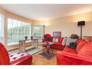 Photo 3: 14079 16 Avenue in Surrey: Sunnyside Park Surrey House for sale (South Surrey White Rock)  : MLS®# R2430211