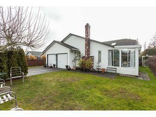 Photo 17: 14079 16 Avenue in Surrey: Sunnyside Park Surrey House for sale (South Surrey White Rock)  : MLS®# R2430211