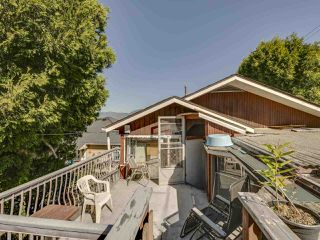 """Photo 34: 2796 E 4TH Avenue in Vancouver: Renfrew VE House for sale in """"Renfrew Heights"""" (Vancouver East)  : MLS®# R2496647"""