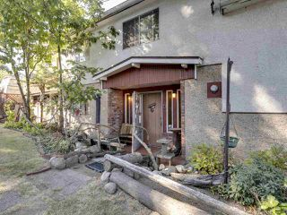 """Photo 11: 2796 E 4TH Avenue in Vancouver: Renfrew VE House for sale in """"Renfrew Heights"""" (Vancouver East)  : MLS®# R2496647"""