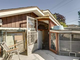 """Photo 33: 2796 E 4TH Avenue in Vancouver: Renfrew VE House for sale in """"Renfrew Heights"""" (Vancouver East)  : MLS®# R2496647"""