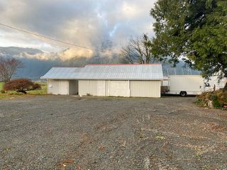 Photo 5: A 5541 LOUGHEED Highway: Agassiz House for sale : MLS®# R2518311