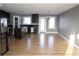 Photo 3: 324 Player Crescent: Warman Single Family Dwelling for sale (Saskatoon NW)  : MLS®# 388449