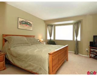 """Photo 7: 107 9177 154TH Street in Surrey: Fleetwood Tynehead Townhouse for sale in """"CHANTILLY LANE"""" : MLS®# F2910966"""