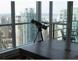 "Photo 6: 3904 1189 MELVILLE Street in Vancouver: Coal Harbour Condo for sale in ""MELVILLE"" (Vancouver West)  : MLS®# V770293"