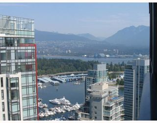 "Photo 3: 3904 1189 MELVILLE Street in Vancouver: Coal Harbour Condo for sale in ""MELVILLE"" (Vancouver West)  : MLS®# V770293"