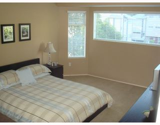 "Photo 7: 4 1195 FALCON Drive in Coquitlam: Eagle Ridge CQ Townhouse for sale in ""THE COURTYARDS"" : MLS®# V775028"