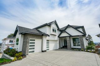 Photo 1: 20578 71B Avenue in Langley: Willoughby Heights House for sale : MLS®# R2405072