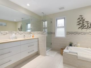 Photo 16: 829 STEVENS Street: White Rock House for sale (South Surrey White Rock)  : MLS®# R2421211