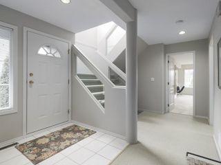 Photo 2: 829 STEVENS Street: White Rock House for sale (South Surrey White Rock)  : MLS®# R2421211